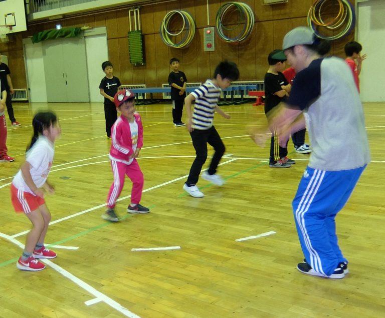 【小学生・中学生向け】はじめてのブレイクダンス